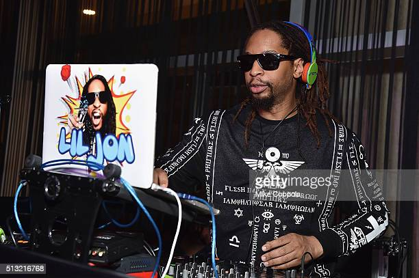 Rapper Lil Jon performs as a DJ during Spike's Bar Rescue 100th Episode Celebration with Jon Taffer at STK Midtown on March 1 2016 in New York City
