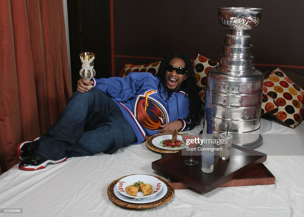 Lil' Jon Poses With The Stanley Cup : News Photo