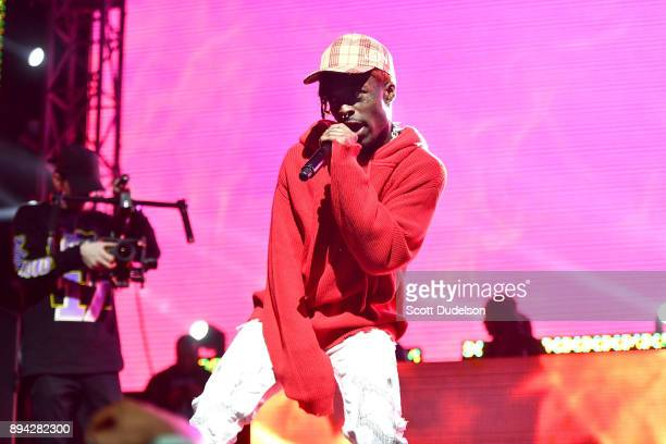Rapper Lil Uzi Vert performs onstage at the Rolling Loud Festival at NOS Events Center on December 16 2017 in San Bernardino California