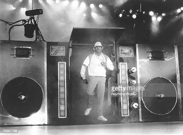 Rapper LL Cool J performs onstage in front of a giant boombox in circa 1988 in Chicago Illinois