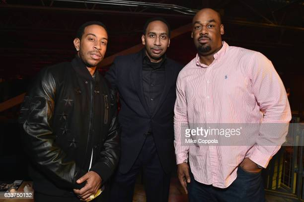 Rapper Ludacris ESPN commentator Stephen A Smith and former NFL player Donovan McNabb attend the 13th Annual ESPN The Party on February 3 2017 in...