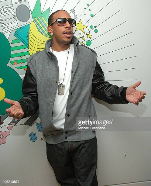 """Rapper Ludacris poses backstage during MTV's TRL """"Total Finale Live"""" at the MTV Studios in Times Square on November 16, 2008 in New York City."""