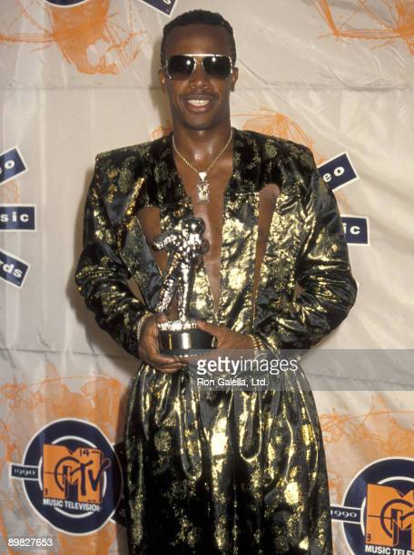 Rapper MC Hammer attends Seventh Annual MTV Video Music Awards on September 6 1990 at the Universal Ampitheater in Universal City California
