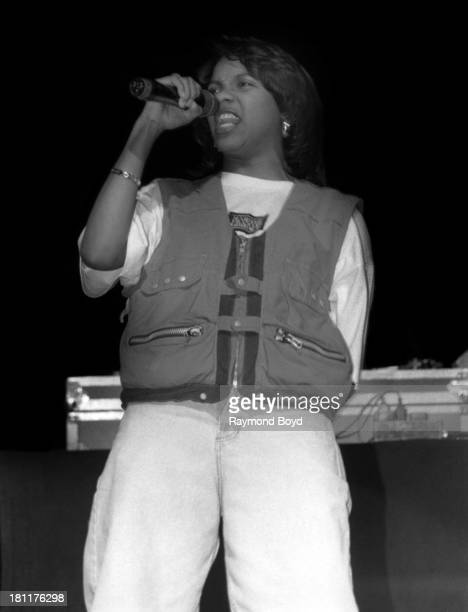 Rapper MC Lyte performs at the Regal Theater in Chicago Illinois in OCTOBER 992