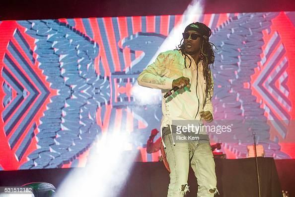 Rapper Nayvadius DeMun Wilburn aka 'Future' performs ...