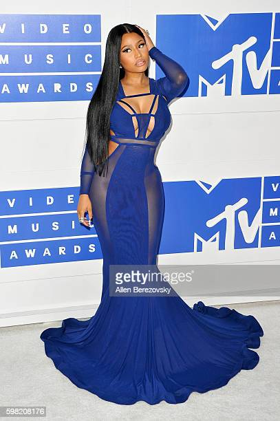 Rapper Nicki Minaj arrives at the 2016 MTV Video Music Awards at Madison Square Garden on August 28 2016 in New York City