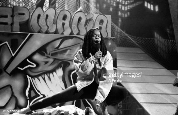 """Rapper Roxanne Shante performs at """"Rapmania: The Roots Of Rap"""" concert extravaganza at The Apollo Theater on March 9, 1990 in the Harlem neighborhood..."""