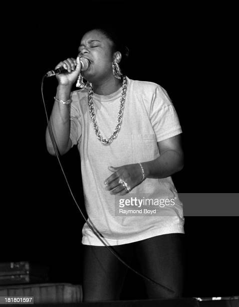 Rapper Roxanne Shante performs at the Regal Theater in Chicago, Illinois in JUNE 1988.