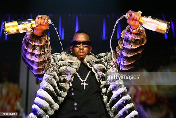 Rapper Sean P Diddy Combs performs onstage during Power 1051's Powerhouse 2005 Operation Takeover at the Continental Airlines Arena on October 27...