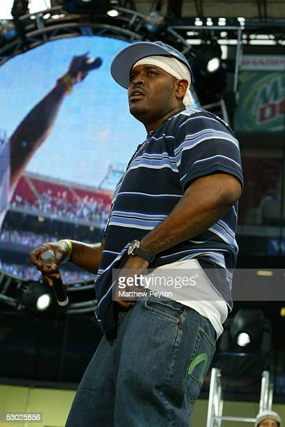 Rapper Sheek performs at the Hot 97 Summer Jam 2005 Concert June 5 2005 at Giant Stadium in East Rutherford New Jersey
