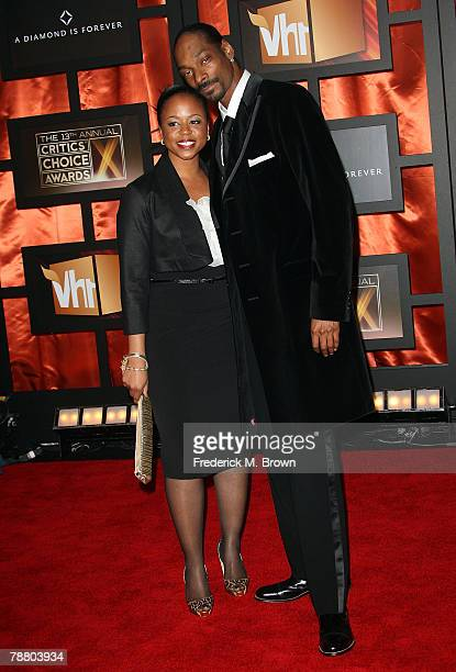 Rapper Snoop Dogg and wife Shante Taylor arrive at the 13th annual Critics' Choice Awards held at the Santa Monica Civic Auditorium on January 7 2008...