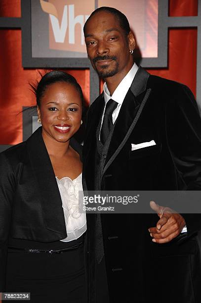Rapper Snoop Dogg and Wife Shante Taylor arrives at the 13th ANNUAL CRITICS' CHOICE AWARDS at the Santa Monica Civic Auditorium on January 7, 2008 in...
