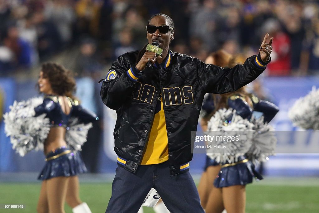Rapper Snoop Dogg performs during halftime at the NFC Wild Card Playoff Game between the Los Angeles Rams and Atlanta Falcons at the Los Angeles Coliseum on January 6, 2018 in Los Angeles, California.