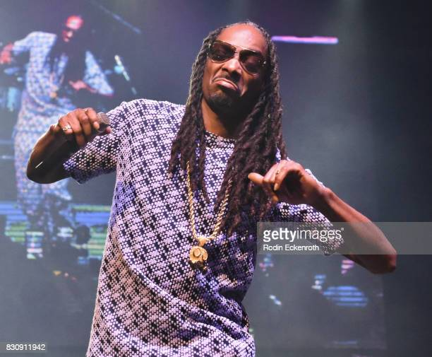 Rapper Snoop Dogg performs onstage at SU Magazine's 17th Anniversary Celebration at Avalon on August 12 2017 in Hollywood California