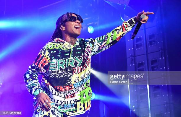 Rapper Swae Lee of Rae Sremmurd performs in concert during the Dazed Blazed Tour at Cellairis Amphitheatre at Lakewood on August 21 2018 in Atlanta...