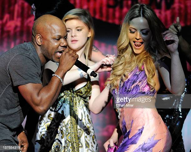 Rapper Too Short performs as adult film actresses including Alexis Texas dance on stage during the 29th annual Adult Video News Awards Show at The...