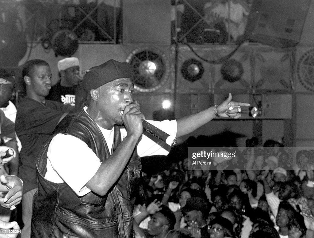 Tupac Shakur Performance At The Palladium NYC : News Photo