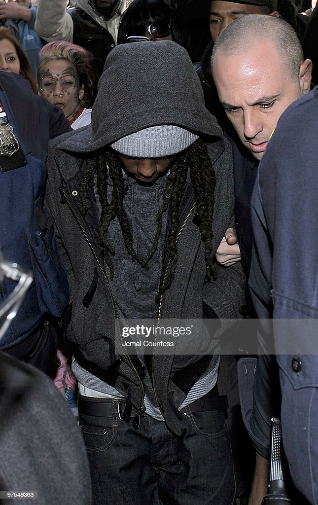 Lil Wayne Arrives In Court For Weapon Charges : News Photo