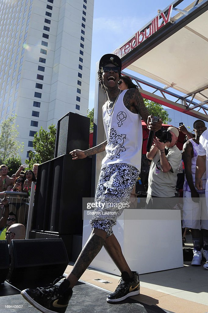 Rapper Wiz Khalifa performs during Ditch Fridays on Memorial Day weekend at the Palms Casino Resort on May 24, 2013 in Las Vegas, Nevada.