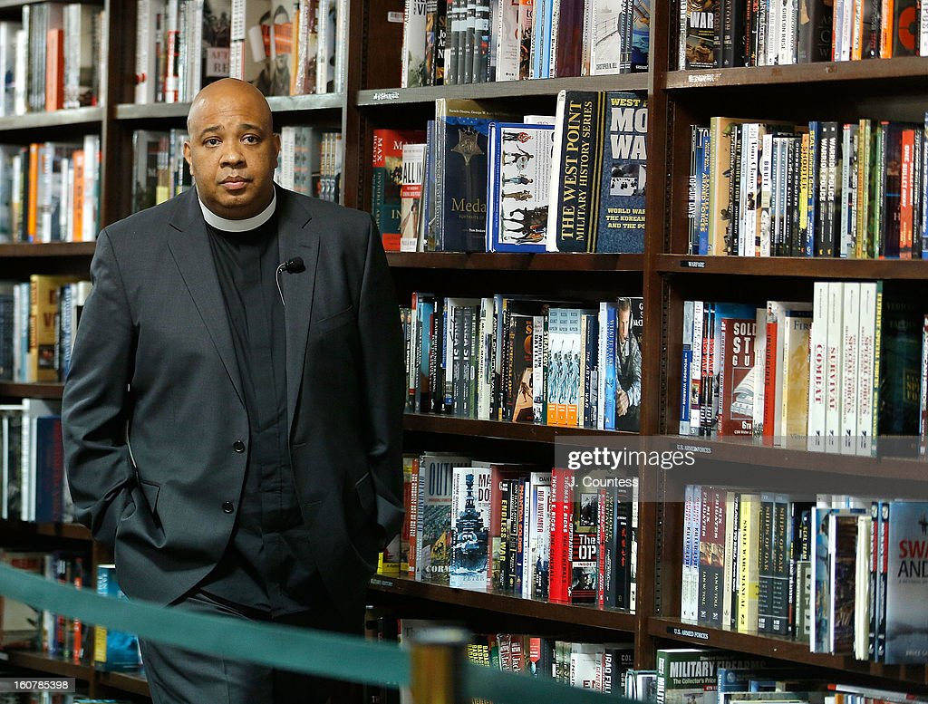 Rapper/reality television personaility Rev Run arrives at a book signing for the book 'Manology: Secrets of a Man's Mind Revealed' at Barnes & Noble Union Square on February 5, 2013 in New York City.