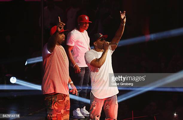 Rappers Ali, City Spud and Nelly of St. Lunatics perform at Drai's Beach Club - Nightclub at The Cromwell Las Vegas on June 25, 2016 in Las Vegas,...