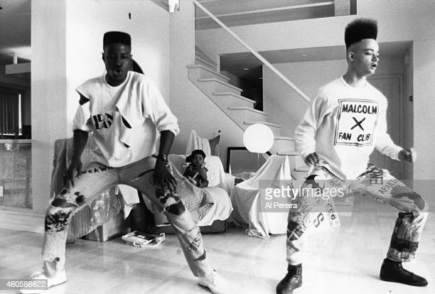 Rappers Christopher Kid Reid Christopher Play Nolan of the hiphop group Kid 'n Play on the set of the video for their song 2 Hype which was filmed in...