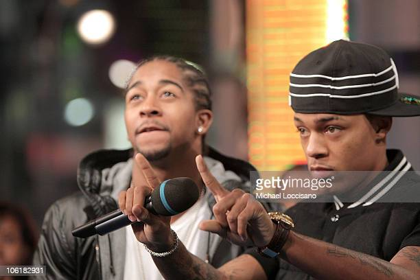 Rappers Omarion and Bow Wow appear on MTV's TRL at MTV Studios in New York City's Times Square on November 26 2007