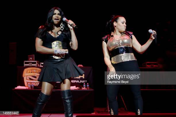 """Rappers Sandra """"Pepa"""" Denton and Cheryl """"Salt"""" James of rap group Salt-N-Pepa, performs at the Arie Crown Theater in Chicago, Illinois on MARCH 19,..."""