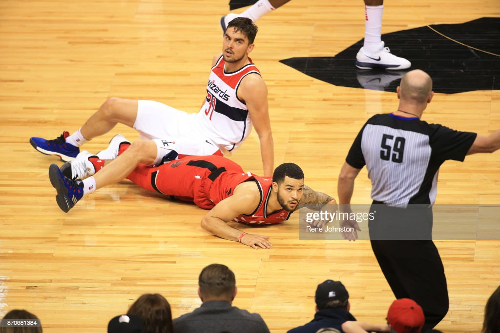 Raptors Wizards : News Photo