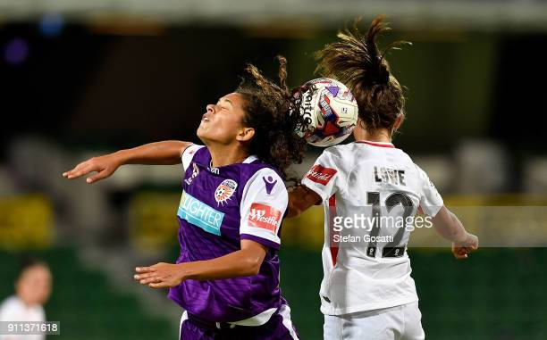 Raquel Rodriguez of the Glory and Rachel Lowe of the Wanderers compete for the header during the round 13 WLeague match between the Perth Glory and...