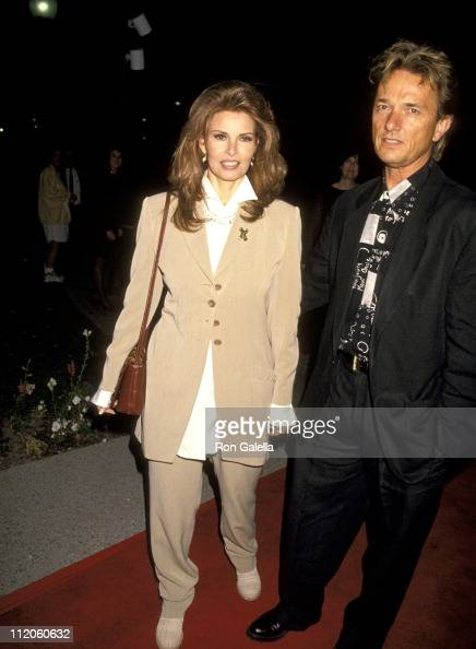 Raquel Welch and Robert Moore during Naked Gun 33 1/3