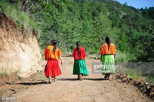 Raramuri girls