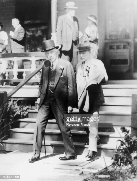 Rare Picture Of John D Rockefeller Senior And Junior At Funeral Servant