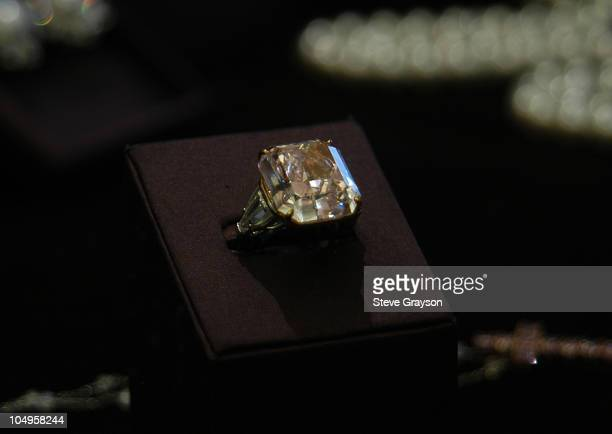 A rare pink diamond stone valued at 85 Million dollars is shown as part of the Harry Winston 75th Diamond Anniversary Oscar Collection