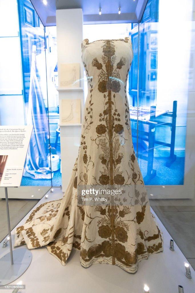 """Royal Style In The Making"" Exhibition At Kensington Palace - Photocall : Fotografia de notícias"