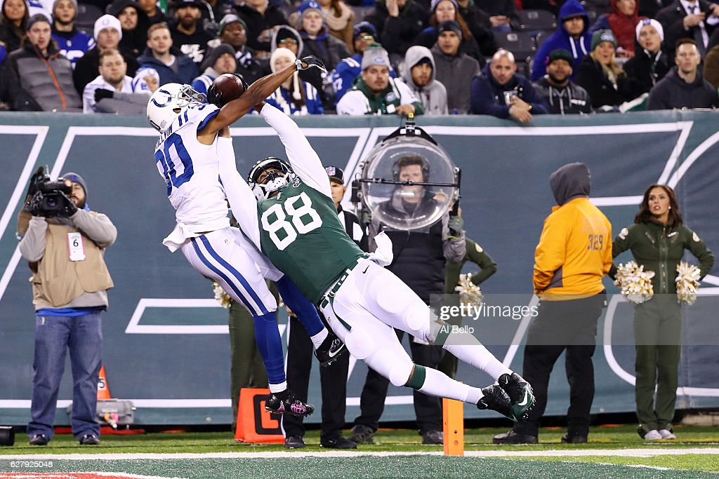Rashaan Melvin #30 of the Indianapolis Colts breaks up a pass intended for Austin Seferian-Jenkins #88 of the New York Jets in the second quarter during their game at MetLife Stadium on December 5, 2016 in East Rutherford, New Jersey.