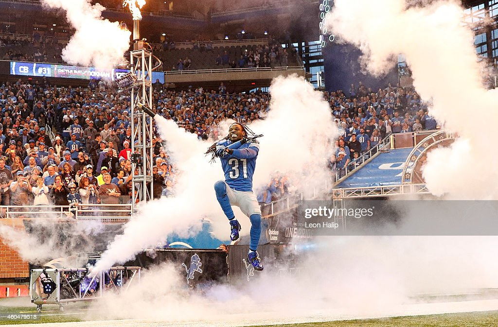 Rashean Mathis #31 of the Detroit Lions enters the field prior to the start of the game against the Minnesota Vikings at Ford Field on December 14, 2014 in Detroit, Michigan. The Lions defeated the Vikings 16-14.