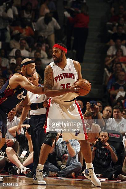 Rasheed Wallace of the Cleveland Cavaliers looks to make a move against Drew Gooden of the Detroit Pistons in Game Five of the Eastern Conference...