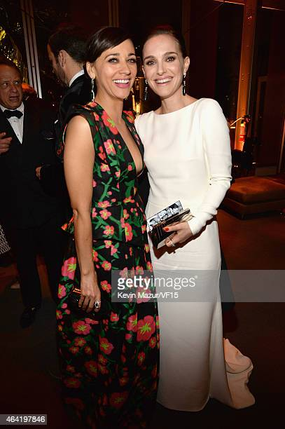 Rashida Jones and Natalie Portman attend the 2015 Vanity Fair Oscar Party hosted by Graydon Carter at the Wallis Annenberg Center for the Performing...