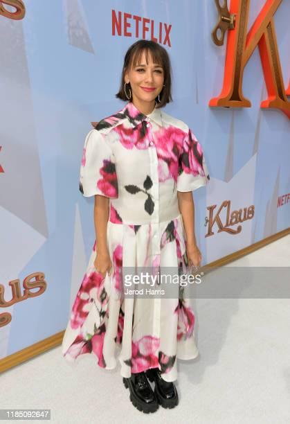 Rashida Jones attends Netflix's 'Klaus' Los Angeles Premiere at Regency Bruin Theater on November 02, 2019 in Westwood, California.