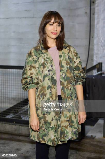Rashida Jones attends Rachel Comey Fall Winter 2017 Collection Presentation on February 7 2017 in Los Angeles California