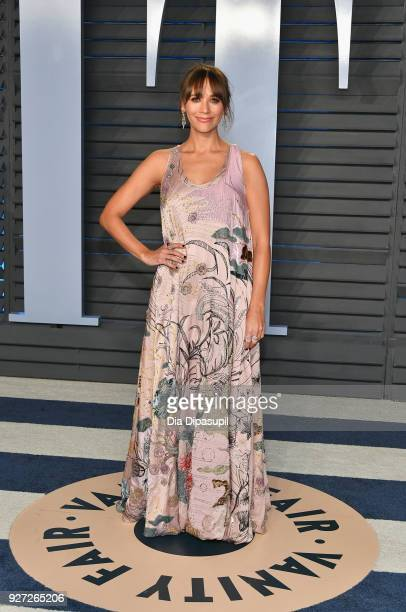 Rashida Jones attends the 2018 Vanity Fair Oscar Party hosted by Radhika Jones at Wallis Annenberg Center for the Performing Arts on March 4, 2018 in...