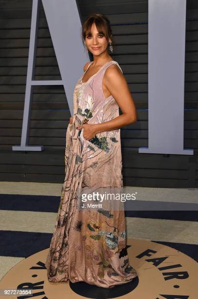 Rashida Jones attends the 2018 Vanity Fair Oscar Party hosted by Radhika Jones at the Wallis Annenberg Center for the Performing Arts on March 4 2018...