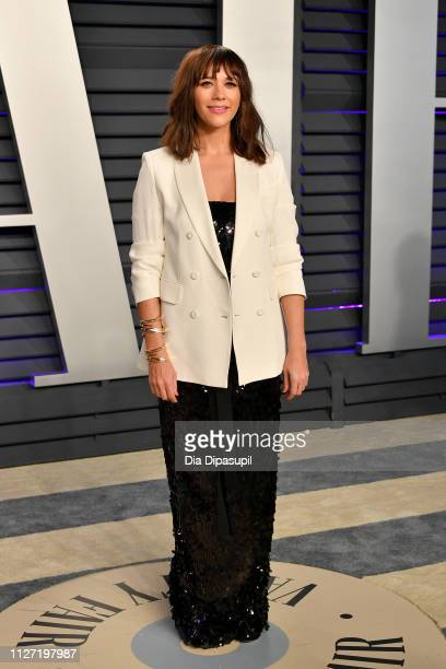 Rashida Jones attends the 2019 Vanity Fair Oscar Party hosted by Radhika Jones at Wallis Annenberg Center for the Performing Arts on February 24 2019...