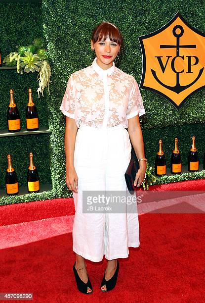 Rashida Jones attends the FifthAnnual Veuve Clicquot Polo Classic at Will Rogers State Historic Park on October 11 2014 in Pacific Palisades...