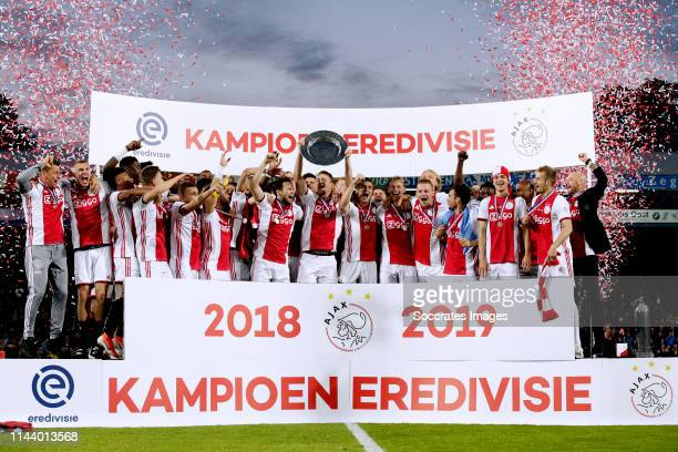 Rasmus Kristensen of Ajax Joel Veltman of Ajax Matthijs de Ligt of Ajax Maximilian Wober of Ajax Donny van de Beek of Ajax David Neres of Ajax Daley...