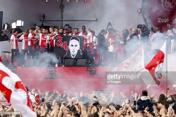 Rasmus Kristensen of Ajax Joel Veltman of Ajax Matthijs de Ligt of Ajax Donny van de Beek of Ajax David Neres of Ajax Daley Sinkgraven of Ajax Klaas...