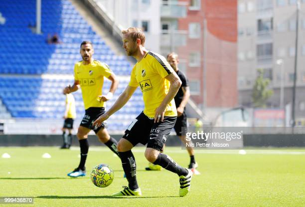 Saman Ghoddos of Ostersunds FK scores to 11 during the Allsvenskan match between Malmo FF and Ostersunds FK at Malmo Stadion on July 14 2018 in Malmo...