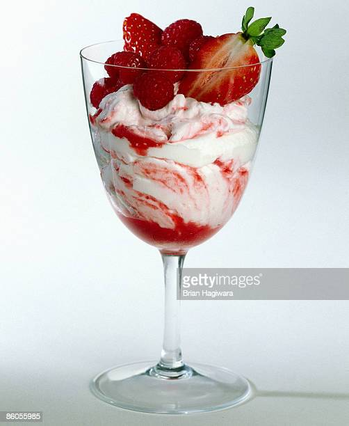 Raspberry and strawberry yogurt swirl