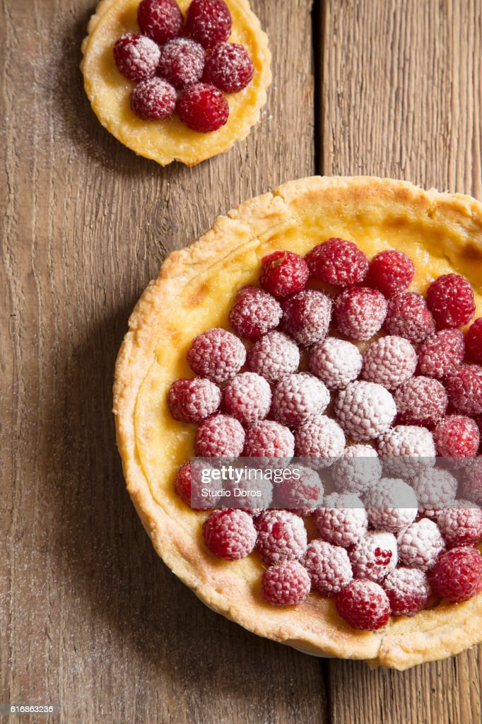 Raspberry tarts : Stock Photo